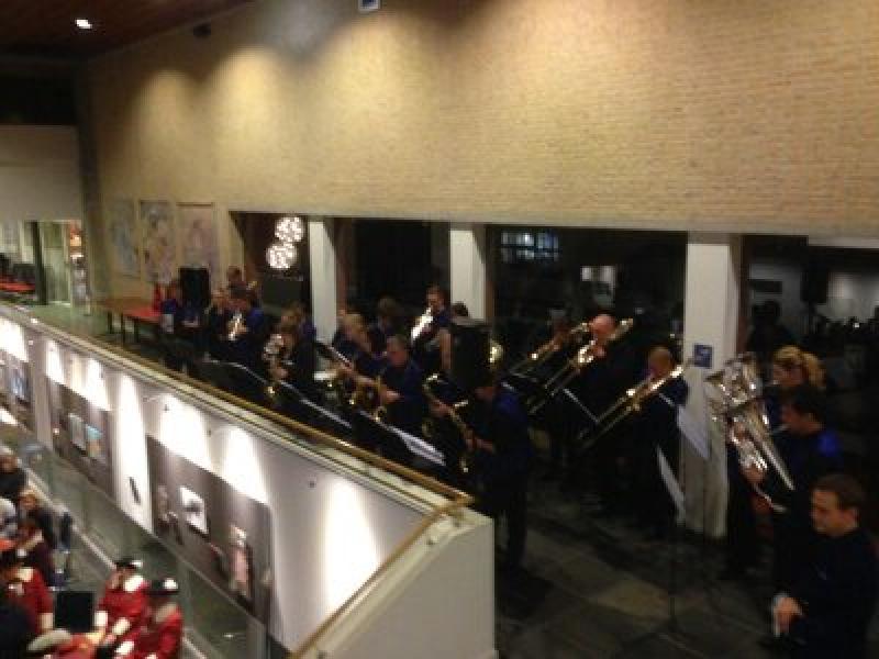 PUUR Poporkest zet 2017 goed in op nieuwjaarsreceptie van gemeente