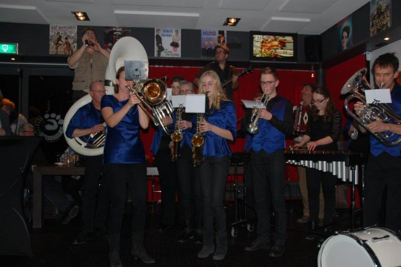 Afterparty van Pater Moeskroen met PUUR Poporkest